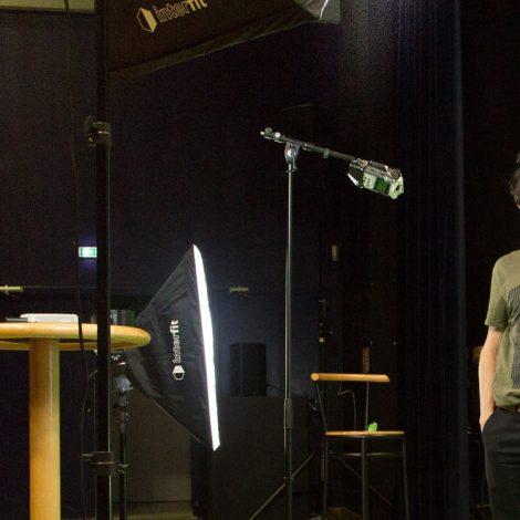chercheur d'images aix-les-bains tournage camera monage audiovisuel fond vert realisation de vidéos artisan atelier de production audiovisiuel