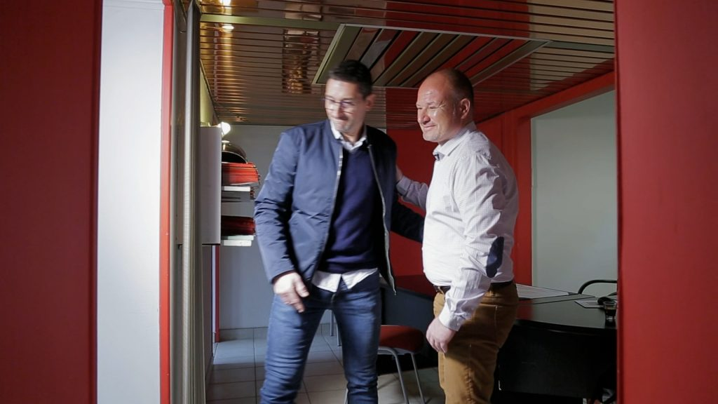 Carte de visite en vidéo Stéphane Risler, Swiss life Aix-les-Bains, réalisation chercheur d'images, Fabien Guichardan, un agent général d'assurance chaleureux